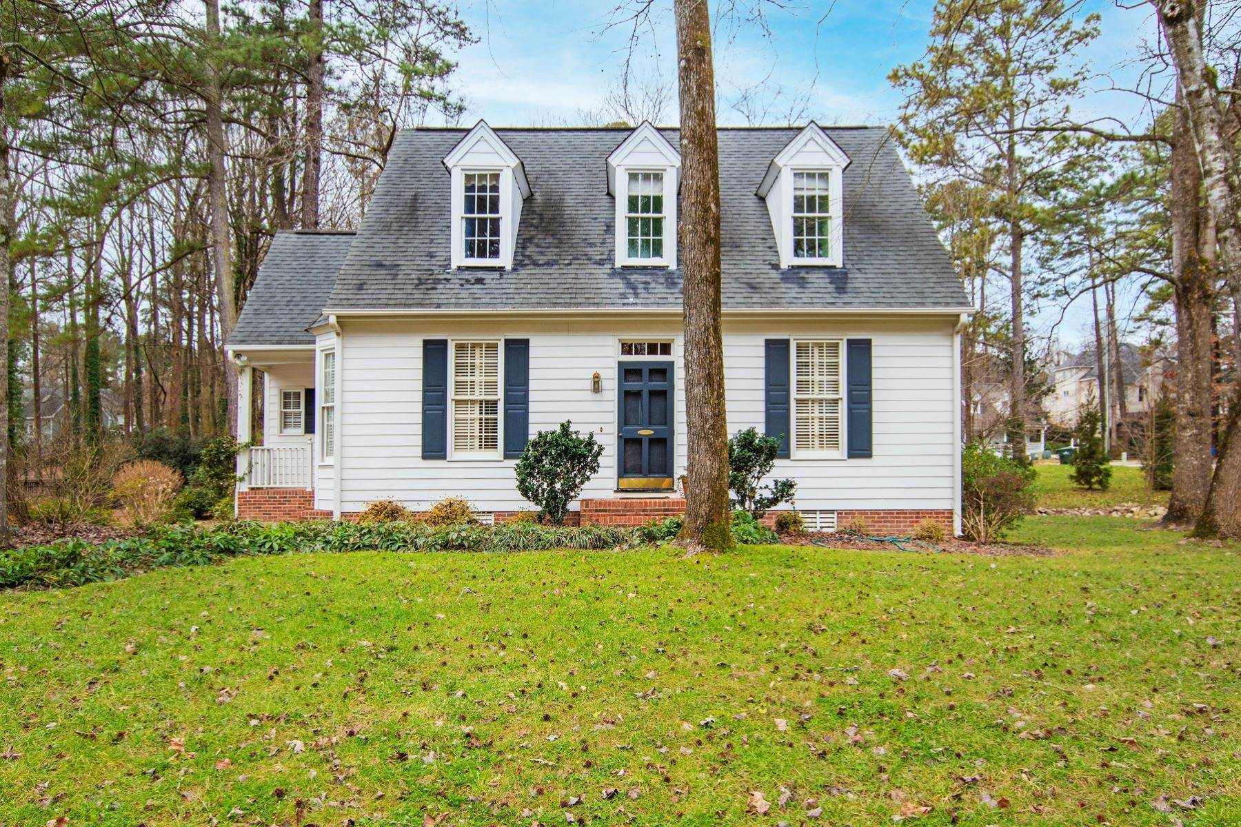 Single Family Homes for Sale at Valley Estates Cape Cod 6225 Dresden Lane Raleigh, North Carolina 27612 United States