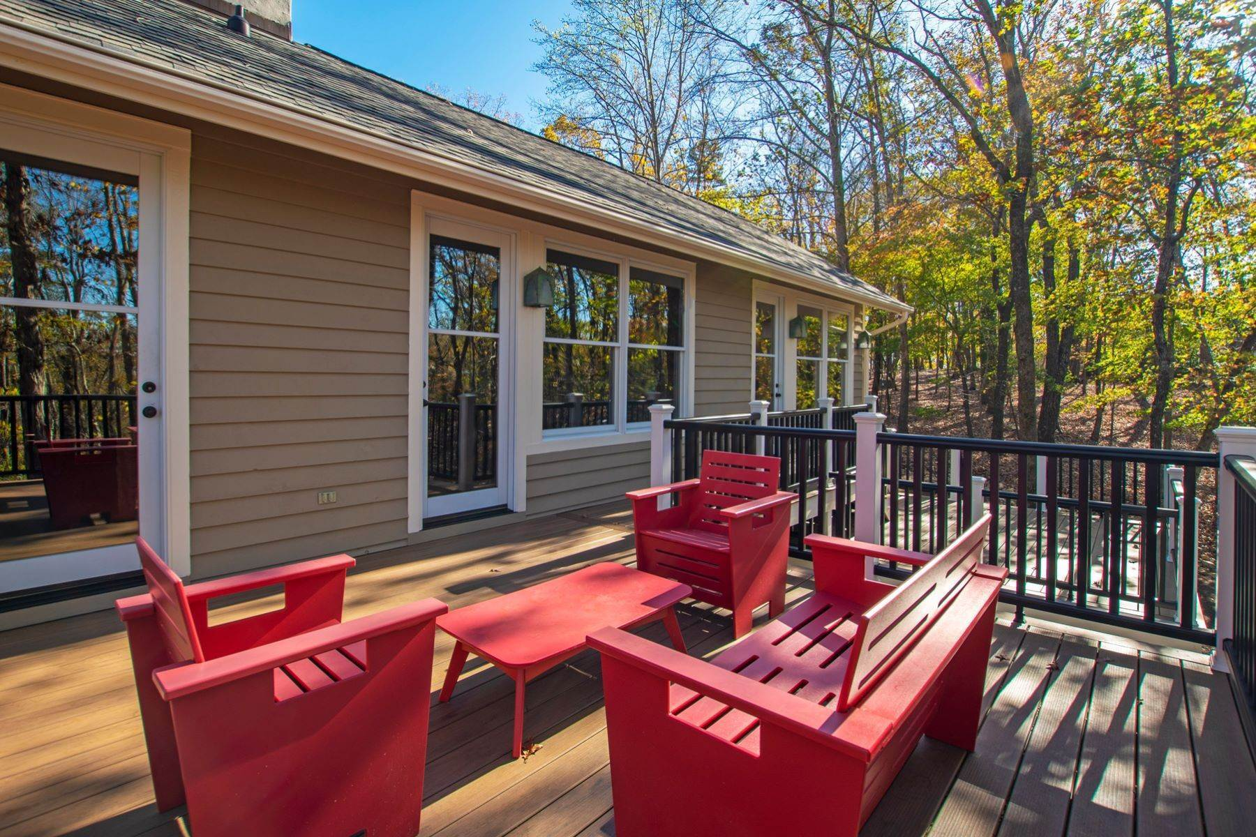 32. Single Family Homes for Sale at 32408 Archdale Chapel Hill, North Carolina 27517 United States