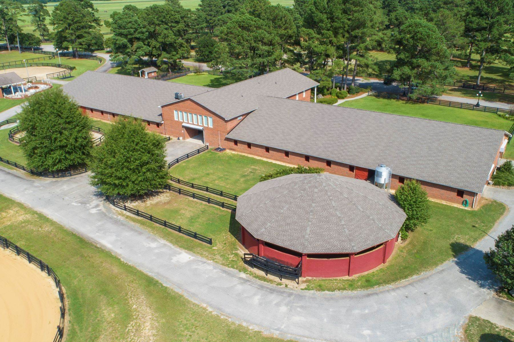 7. Farm and Ranch Properties for Sale at World-Renowned Butler Farm 440 Devin Drive White Oak, North Carolina 28399 United States