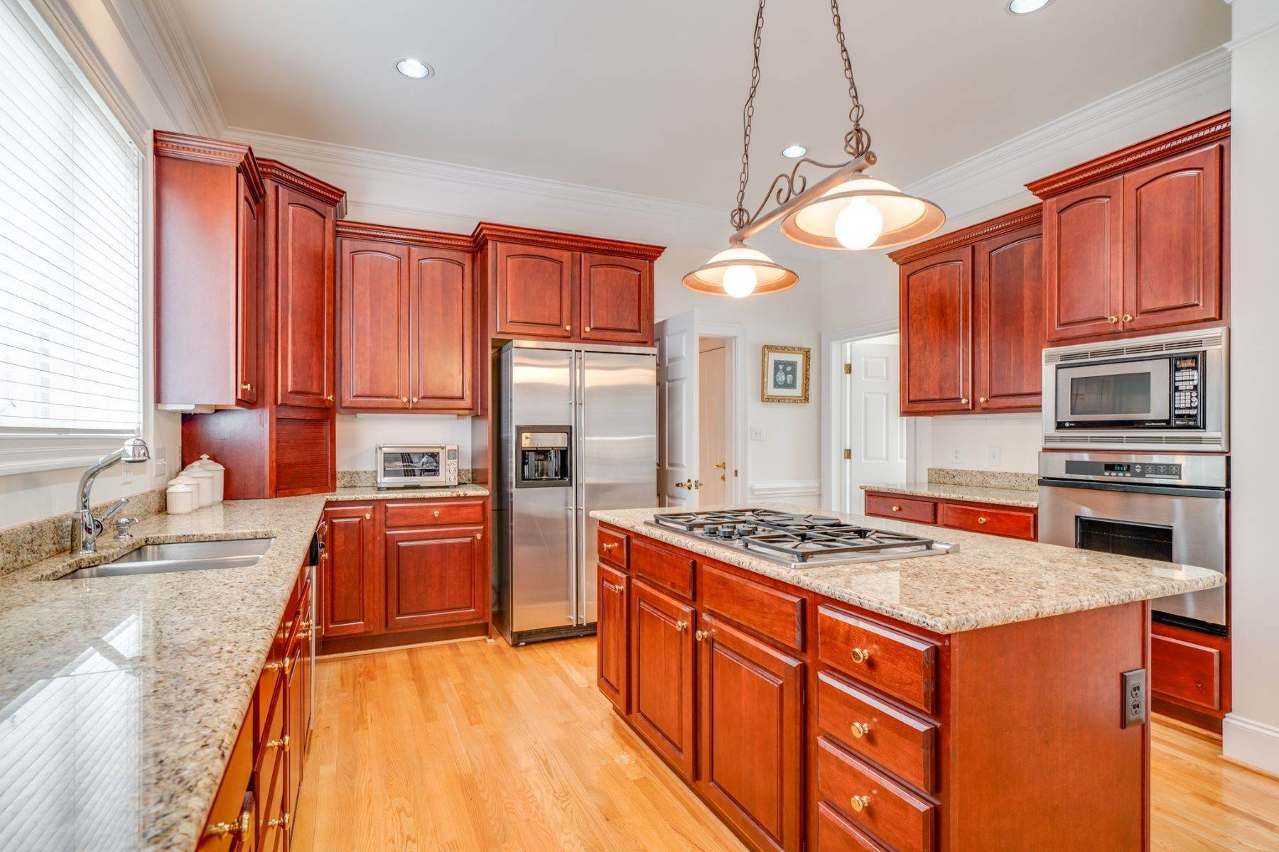 10. Single Family Homes for Sale at 106 Michelin Place Cary, North Carolina 27511 United States