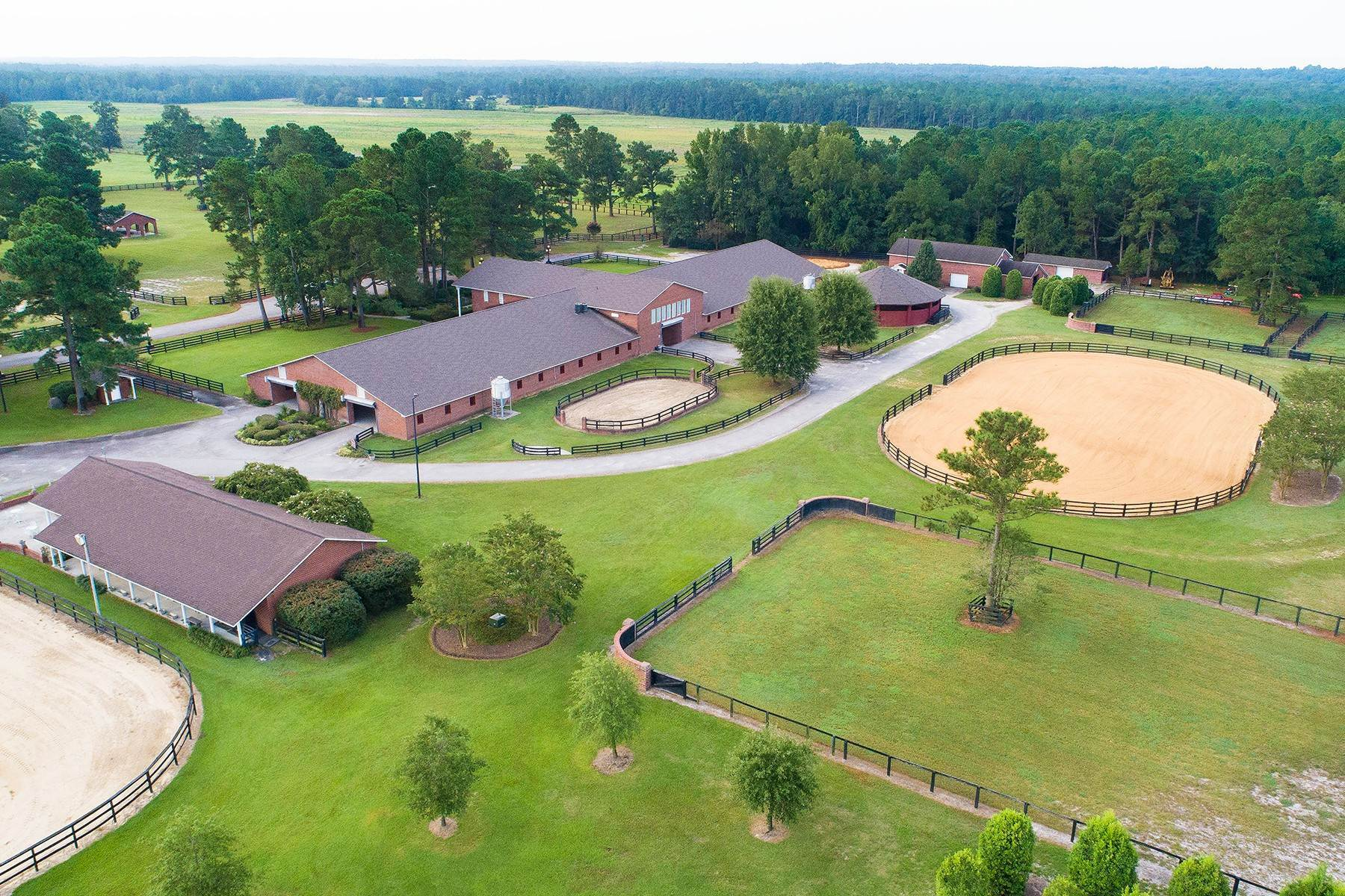 45. Farm and Ranch Properties for Sale at World-Renowned Butler Farm 440 Devin Drive White Oak, North Carolina 28399 United States