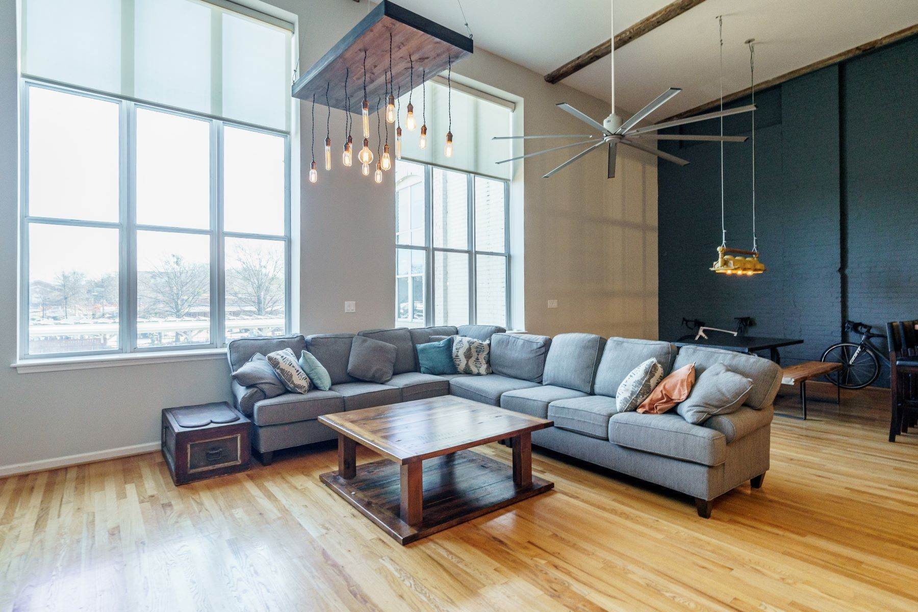 7. Single Family Homes for Sale at Large Industrial Loft in The Cotton Mill 614 Capital Boulevard Unit 225 Raleigh, North Carolina 27603 United States