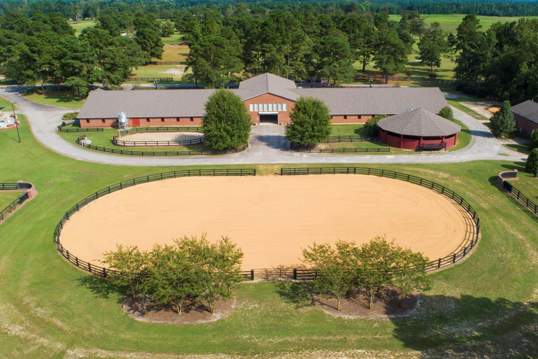 44. Farm and Ranch Properties for Sale at World-Renowned Butler Farm 440 Devin Drive White Oak, North Carolina 28399 United States