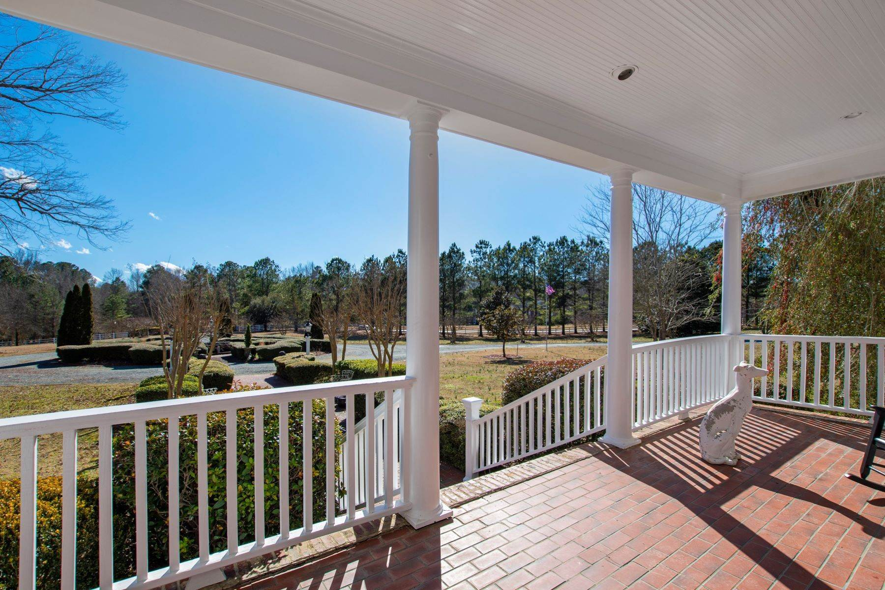 46. Single Family Homes for Sale at New Hope Estate 6325 Old Mill Farm Drive Wendell, North Carolina 27591 United States