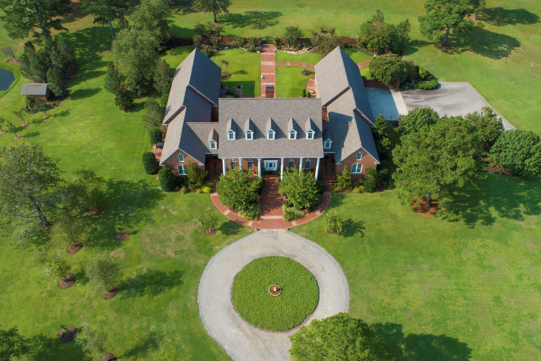 2. Farm and Ranch Properties for Sale at World-Renowned Butler Farm 440 Devin Drive White Oak, North Carolina 28399 United States