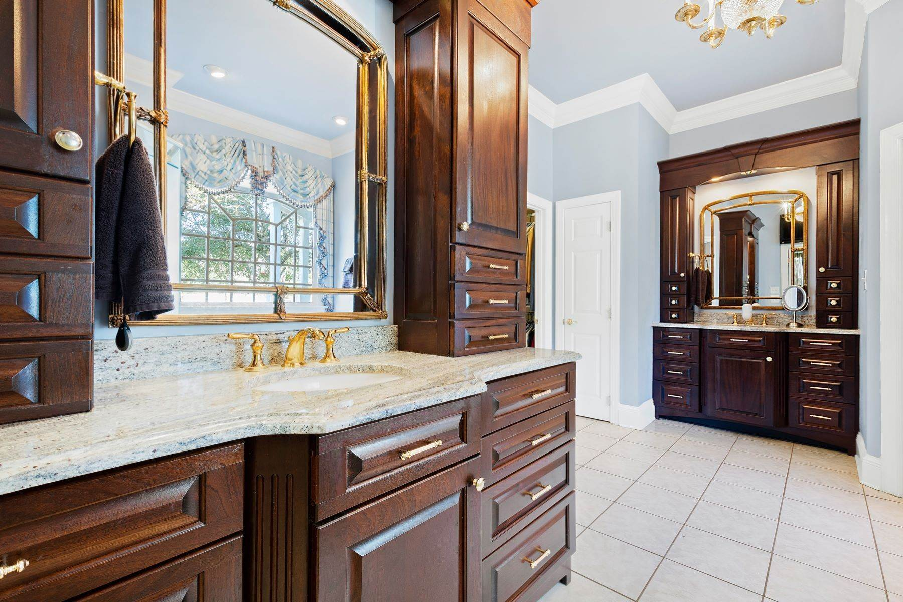 21. Single Family Homes for Sale at New Hope Estate 6325 Old Mill Farm Drive Wendell, North Carolina 27591 United States