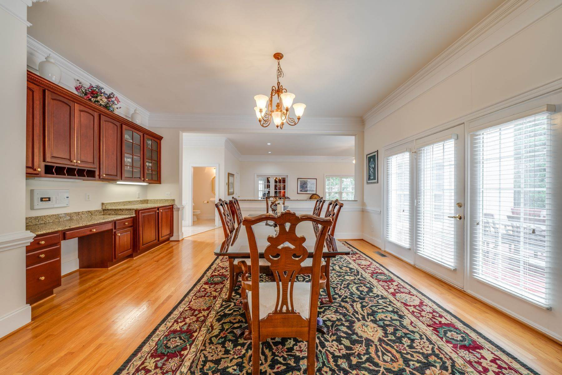 16. Single Family Homes for Sale at 106 Michelin Place Cary, North Carolina 27511 United States