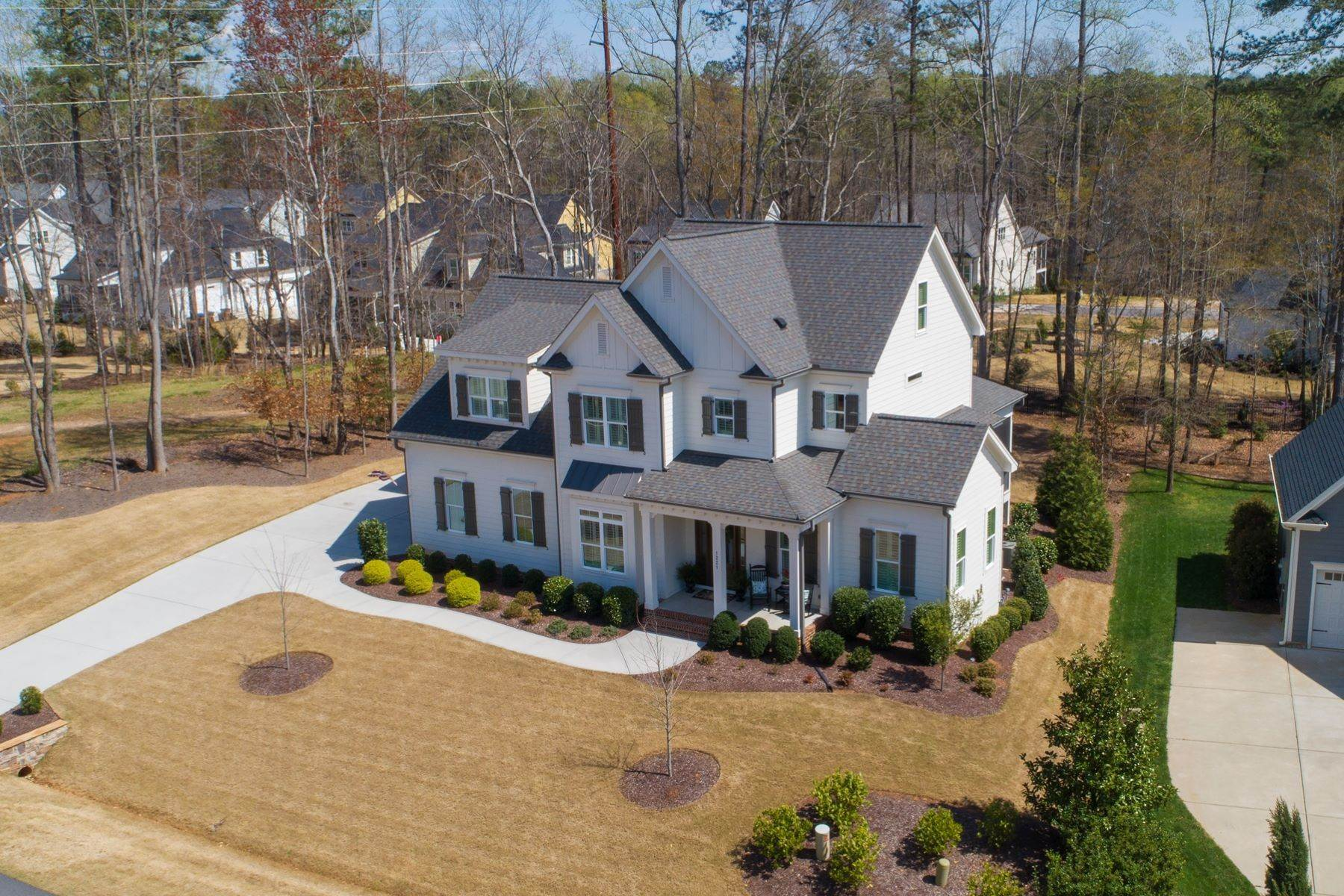 Single Family Homes for Sale at Luxury home in Traditions 1221 Reservoir View Lane Wake Forest, North Carolina 27587 United States